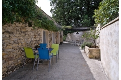 Terrasse Chambre d'hôtes Apis mellifera little